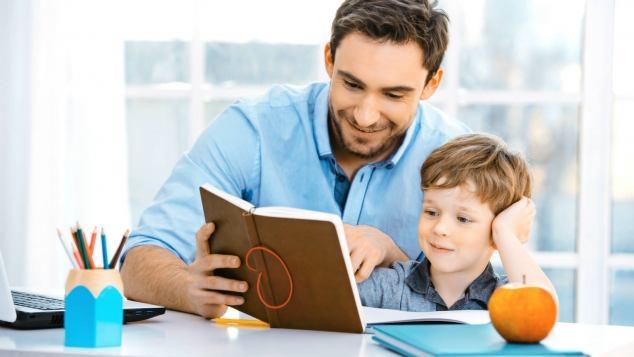 Come NON aiutare i figli nei compiti a casa